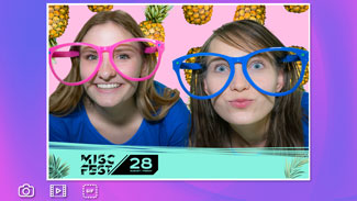 photo booth with digital borders for sale